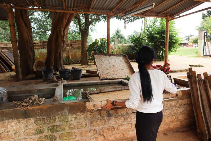 ピンダヤの伝統的な紙と傘つくり工房「アウン(Aung)」