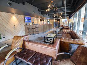 ゴールドコースト中心部のお洒落なホステル「BUNK Surfers Paradise」