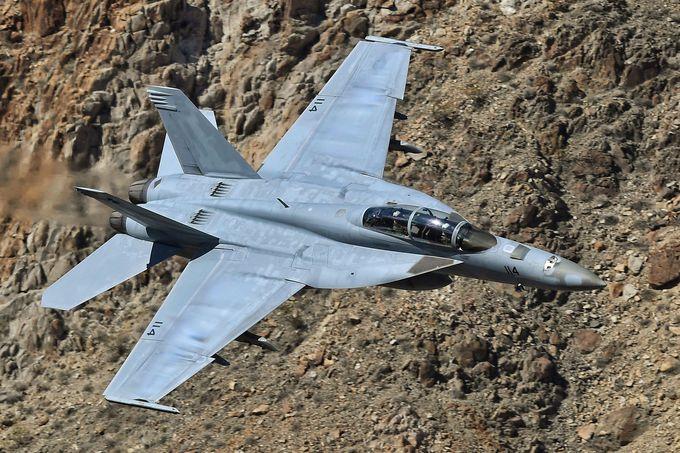 戦闘機マニアの聖地「スターウォーズキャニオン」