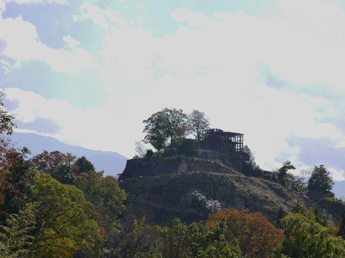 巨岩と石垣が織りなす天空の要塞・苗木城