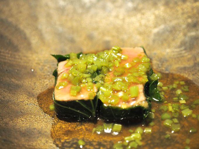 さっき見た山菜を食材に工夫を凝らした料理
