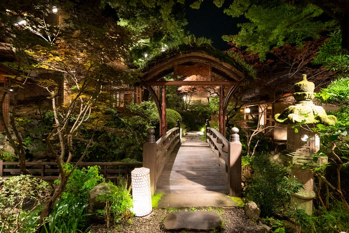 新宿から約1時間!? 高尾山の静かな山あいに佇む懐石料理店