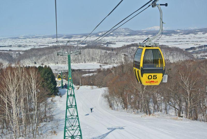 北海道の穴場スキー場・カムイスキーリンクスでゲレンデ独り占め
