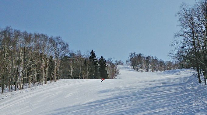 カムイの山を滑る