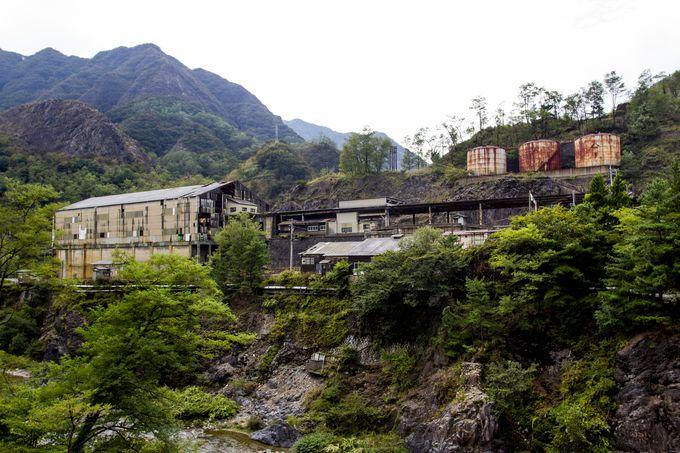 足尾銅山の拠点、本山製錬所と古河橋