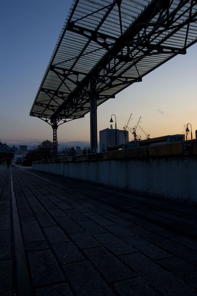 かつての国際航路の玄関口、横浜港駅跡