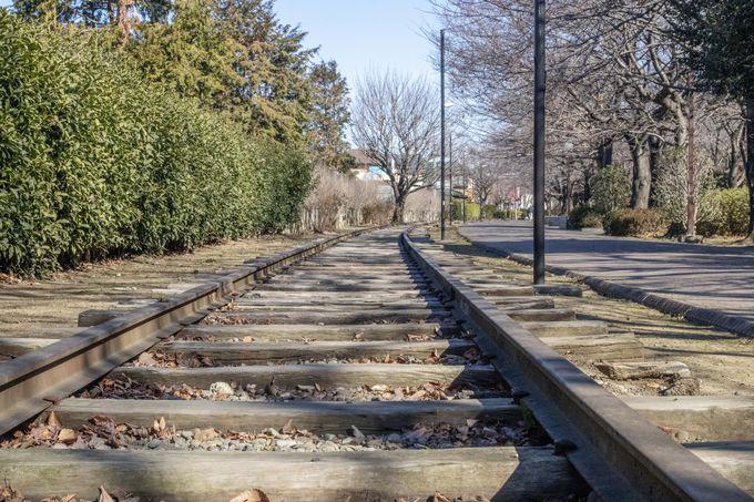 かつての線路がそのまま保存されている一之宮公園