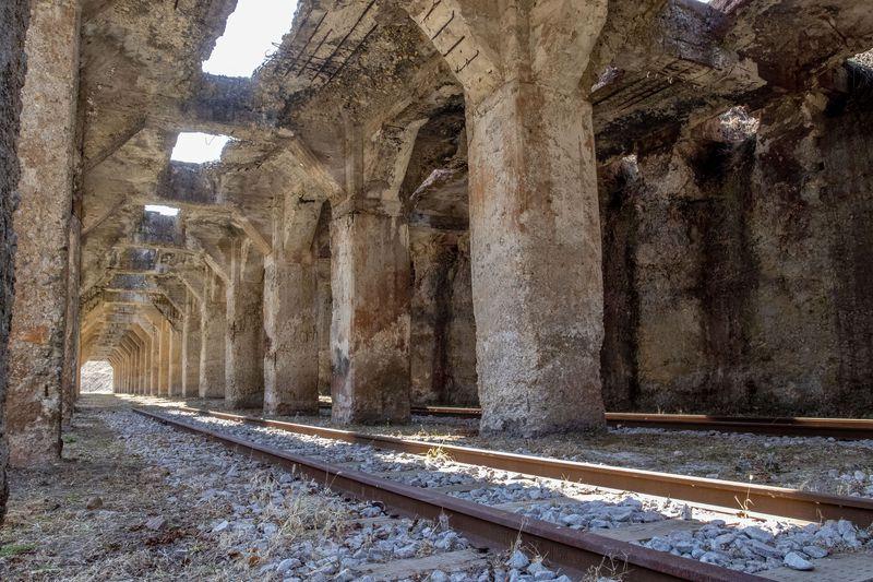 まるで古代遺跡!群馬「旧太子駅」は知られざる廃墟スポット