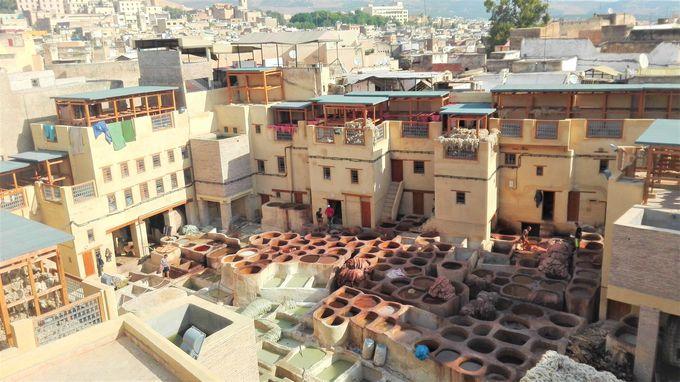 「迷宮都市フェズ」で歴史あるモロッコの古都に迷い込む