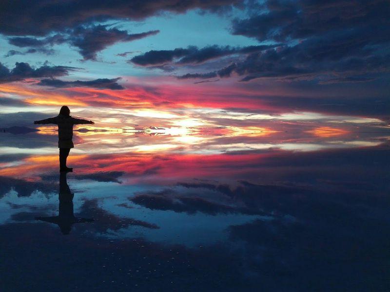 一生に一度は見たい絶景!ウユニ塩湖「天空の鏡」を楽しむ方法
