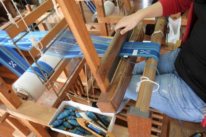 みんさー織の手織り体験にチャレンジしてみよう!