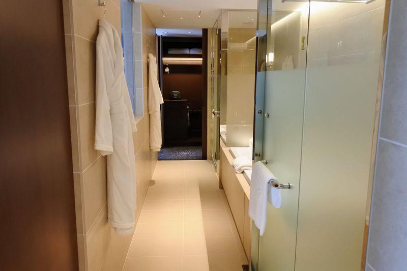 クローゼット〜バスルームがウォークスルーで身支度も楽々!