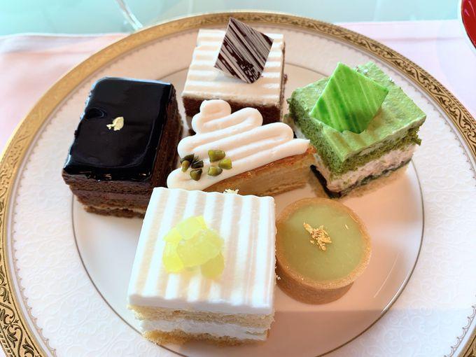 ケーキ6種盛り!贅沢なパティスリーSATSUKIスイーツコレクション