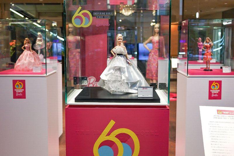 60周年記念バービー展示&特製ケーキも!帝国ホテル 東京