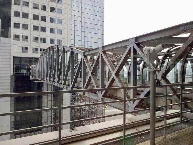 空中ブリッジは安全のための架け橋