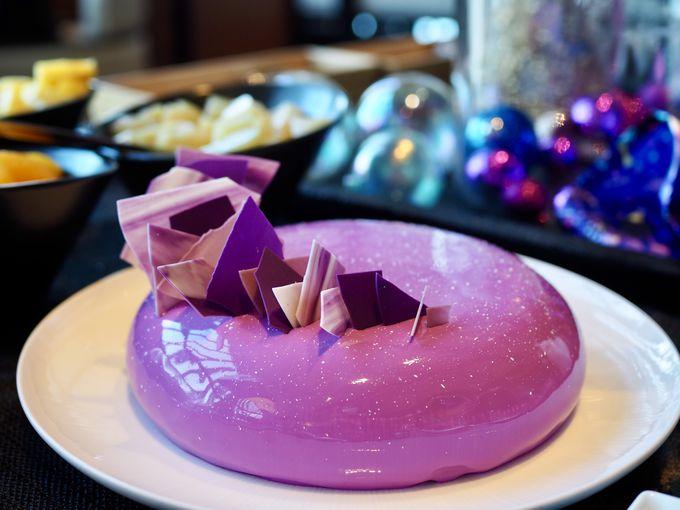遊び心あふれる美しいケーキにうっとり