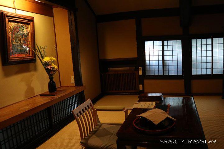 倉敷美観地区「旅館くらしき」でモダンレトロな時を過ごす