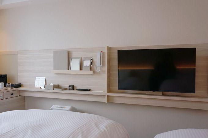 ゆっくり寛げるシンプルで機能的な客室