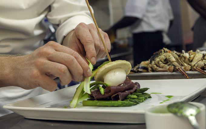 洗練されたフランス料理に舌鼓