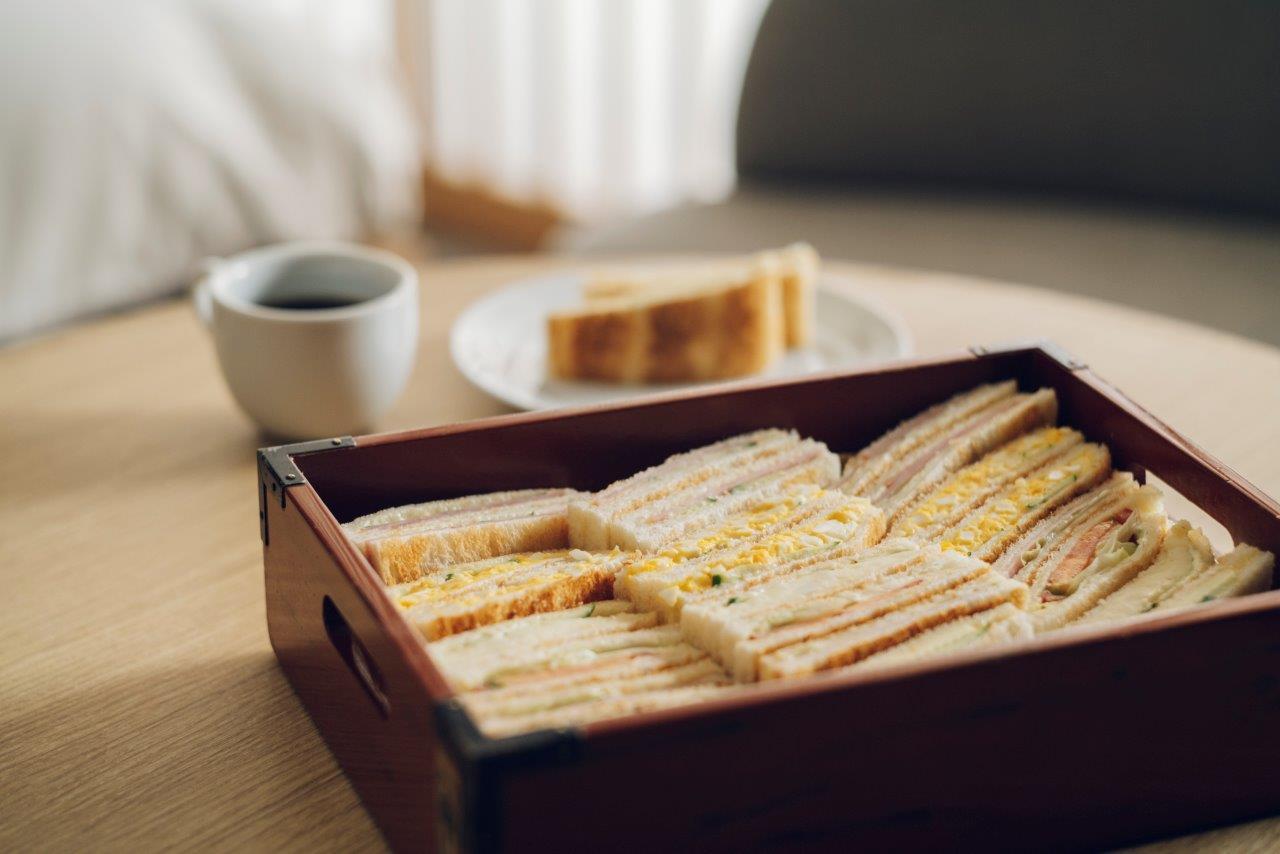 朝食は京都名店の味を仕出し弁当で