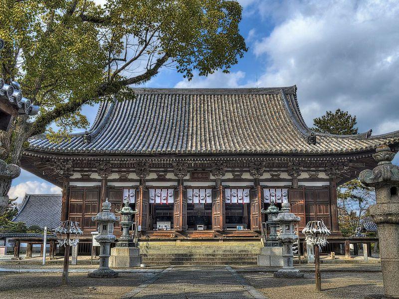 播磨の古刹 鶴林寺へ 〜 中世寺院建築の傑作を訪れる