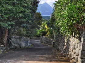 八丈島の楽しみ方はダイビングや釣りだけではない! 火山島の歴史と文化を感じる旅
