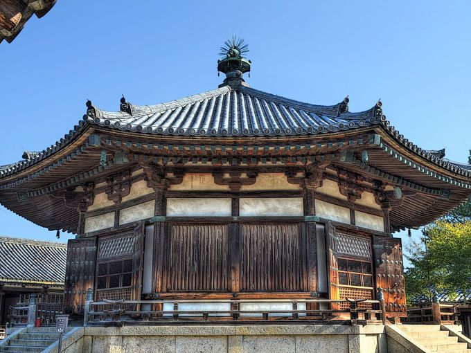 鎌倉時代に大改造された夢殿