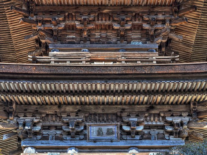 大法寺三重塔の美の秘訣は初層の簡略化にあり!?