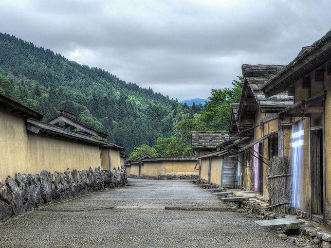 調査に基づいて復元された戦国時代の町並み