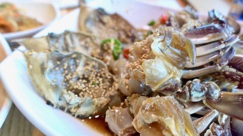 味もコスパも◎釜山でカンジャンケジャンが食べ放題「コッケワサランエパジダ」