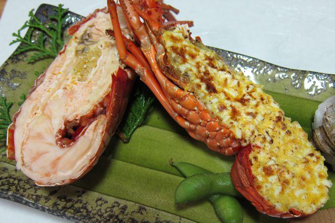 ボリューム満点の伊勢海老料理を堪能
