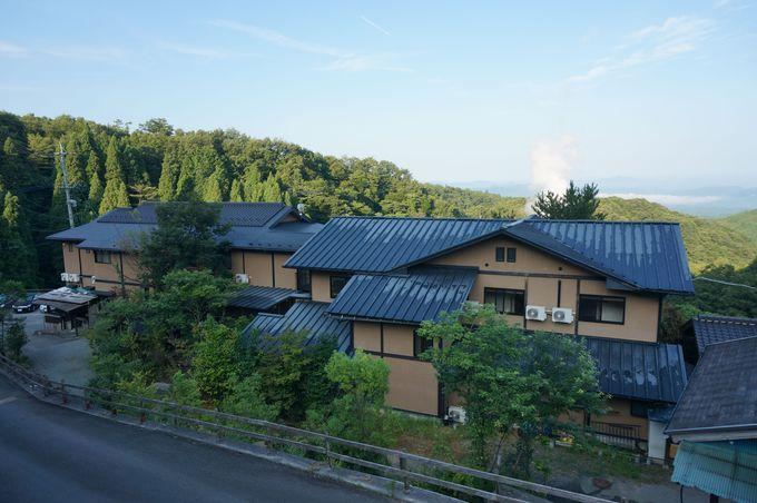 はげの湯温泉の高台に佇む「旅館山翠」