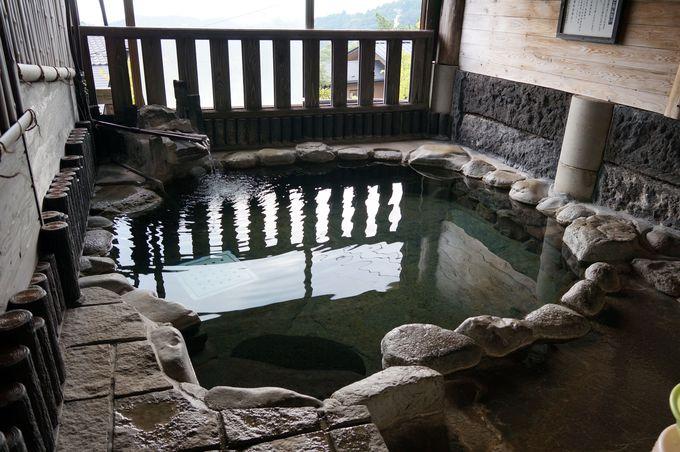 男女別浴場以外にも貸切風呂が11ヶ所も!