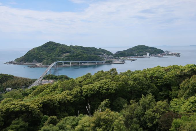 伊王島や伊王島大橋を一望「香焼総合公園展望台」