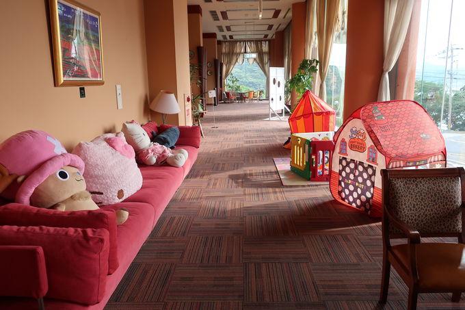 呼子大橋そばに佇むオーシャンビューの旅館「旅宿よぶこ」