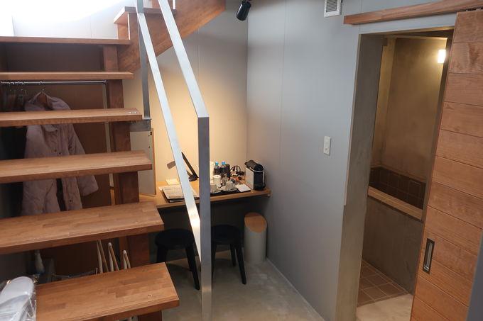 シンプルで洗練された客室