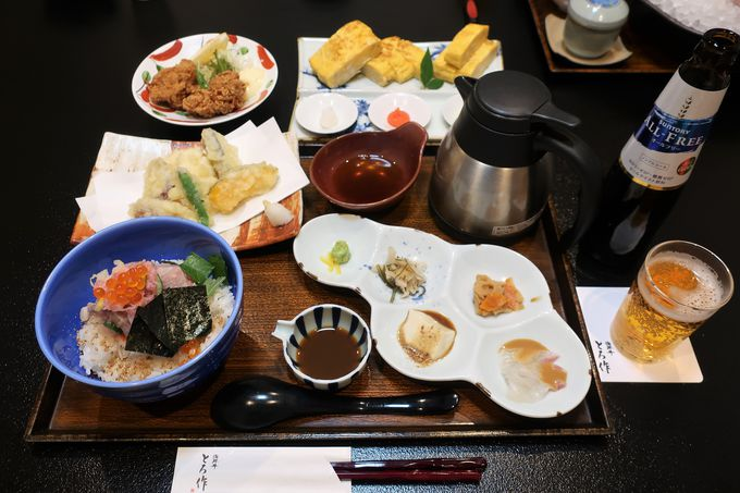 伊万里の人気料理店「海鮮丼とろ作」