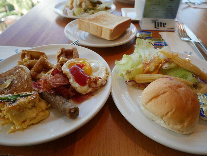 絶景のロケーションで朝食ビュッフェを食べよう