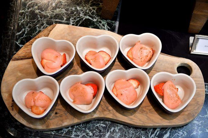 軽食も充実、イタリアの地方料理をいちごでアレンジ