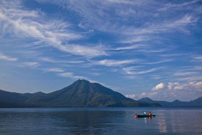 千歳の絶品グルメと「神秘の湖」支笏湖でアウトドア&温泉