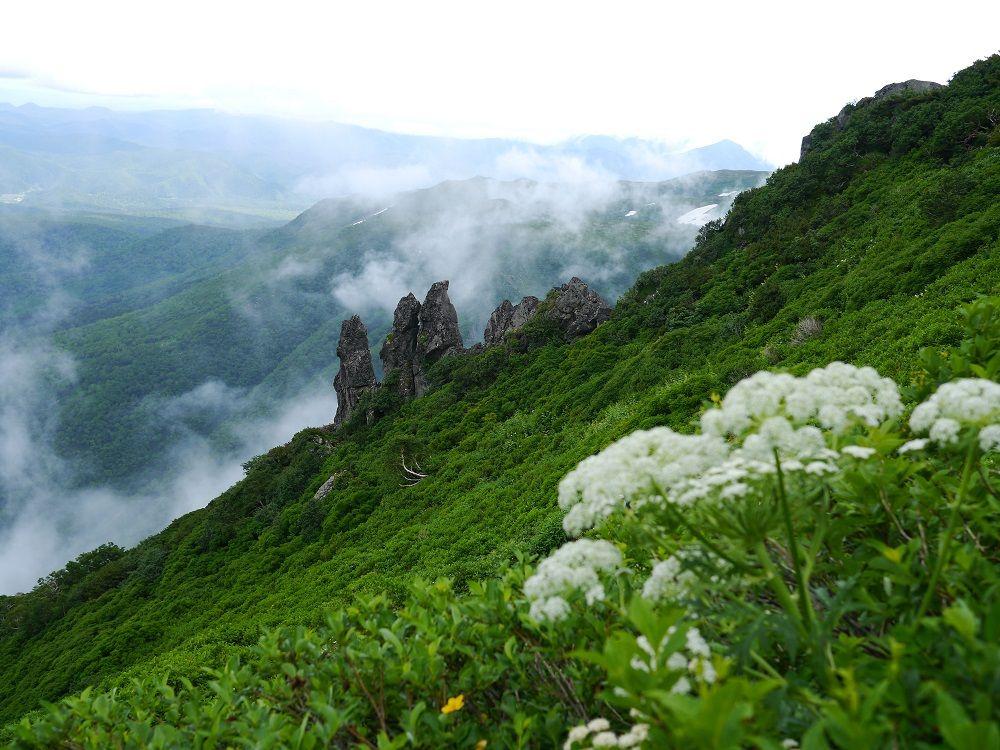 大雪山の秀峰「黒岳」は登山がオススメ!