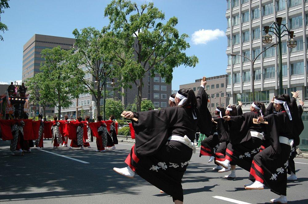 札幌に初夏の訪れを告げる「YOSAKOIソーラン祭り」