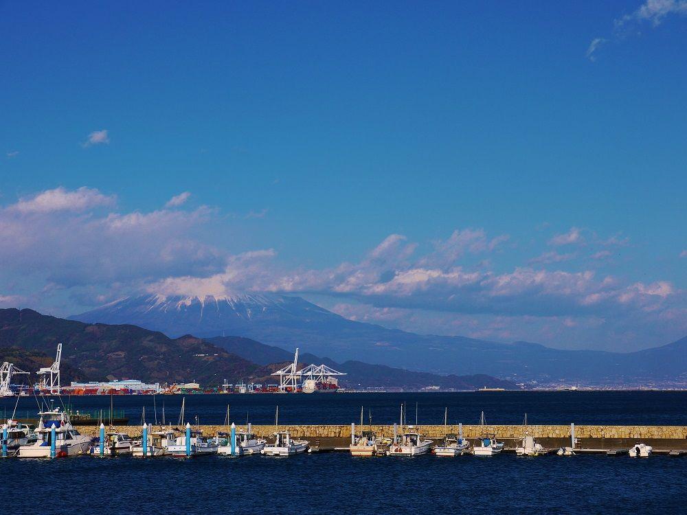 富士山を望む美港「清水港」でベイクルーズ