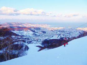 アクセス良好!パウダースノー&絶景の「小樽天狗山スキー場」