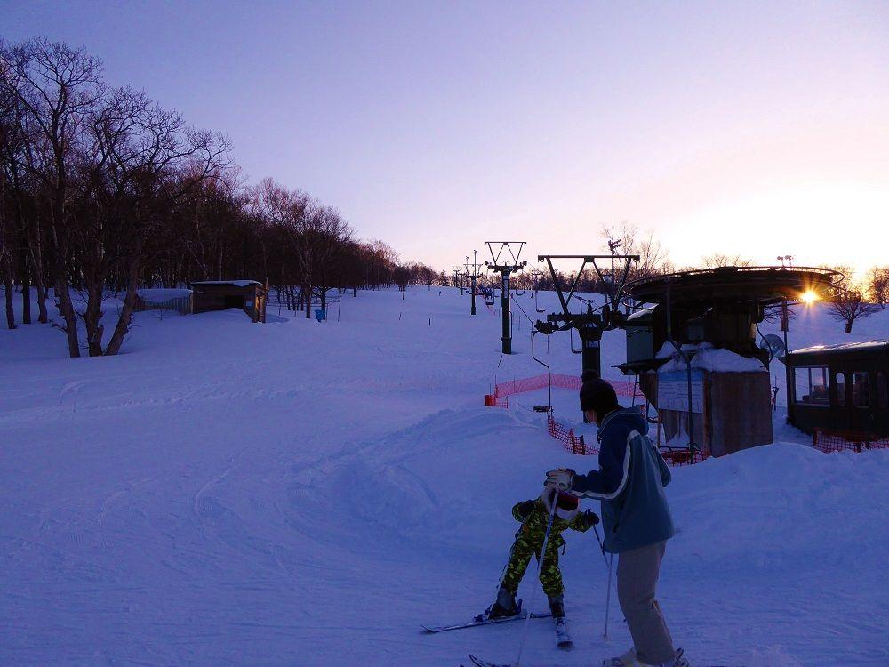 振り向けば夕焼け!「小樽天狗山スキー場」は夕景も美しい