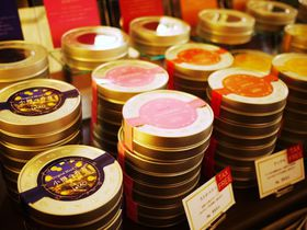 小樽の香り漂う紅茶と絶品スイーツ「小樽洋菓子舗ルタオ本店」