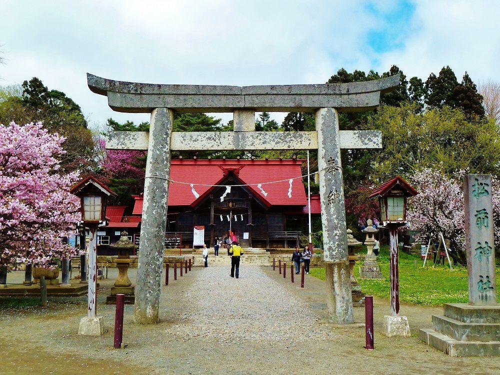 梅の花美しい「松前神社」は武田信玄公をお祀りする神社