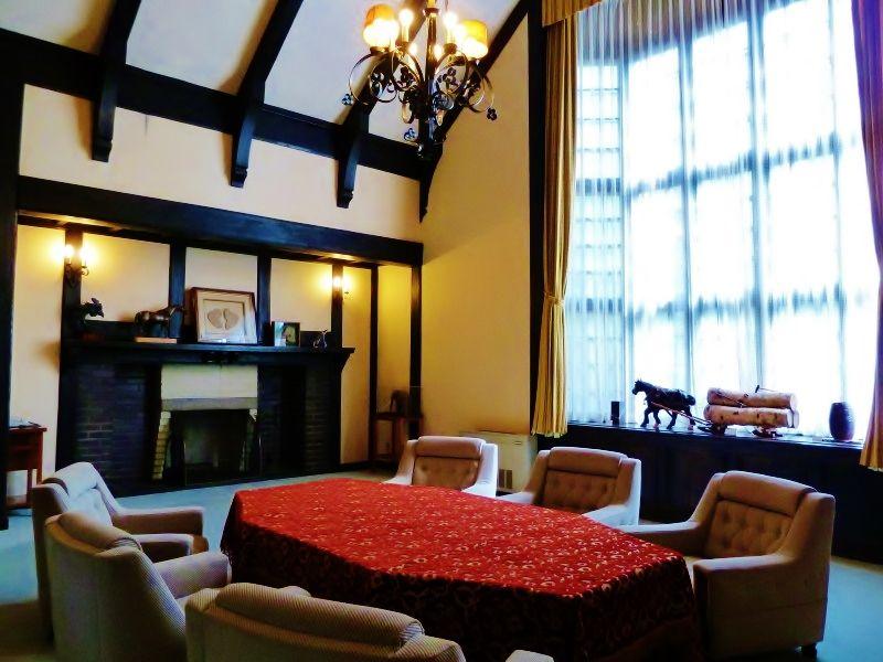 「北海道知事公館」の美しい館内にもお邪魔してみましょう
