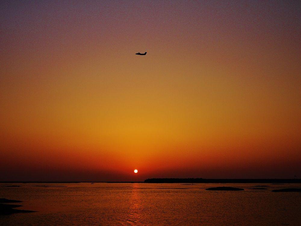 久米島到着後は美しい「球美の島」を満喫しよう!