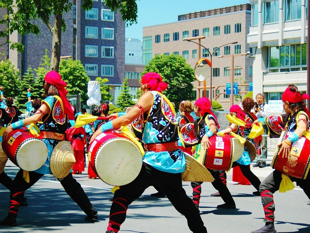 「YOSAKOIソーラン祭り」大通パレード会場見学は西10丁目がオススメ!